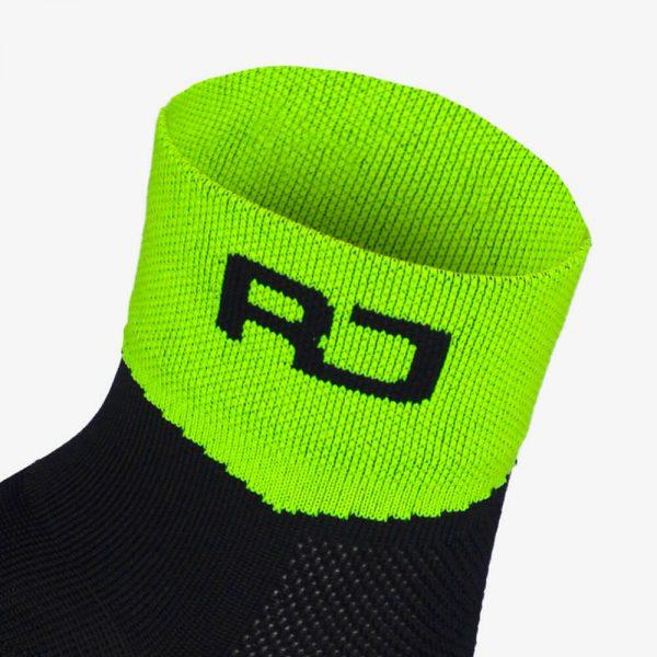 calcetin-running-modelo-contact-amarillo-negro3